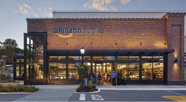 图10 亚马逊下雅图实体书店,图片来源:亚马逊