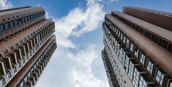 国家统计局:前9月全国住宅投资增10.4% 住宅新开工面积增11.1%