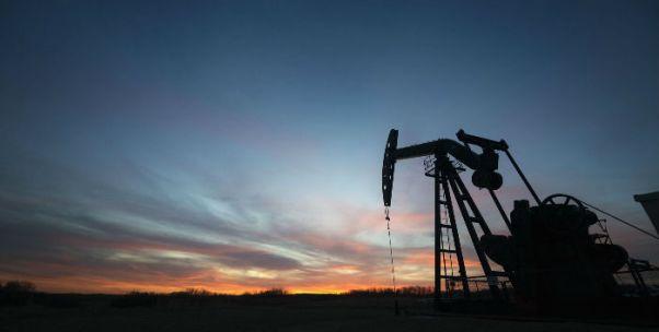 原油期货合约上市挂盘基准价416元/桶 研究人士称符合预期