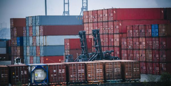 中美贸易战前的218天:世界两大经济体贸易摩擦是如何失控的