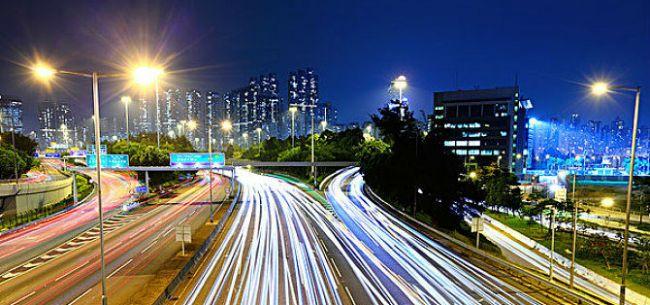 技术带来产业革命 自动驾驶更安全吗?