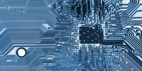 中国芯片业谁当自强?