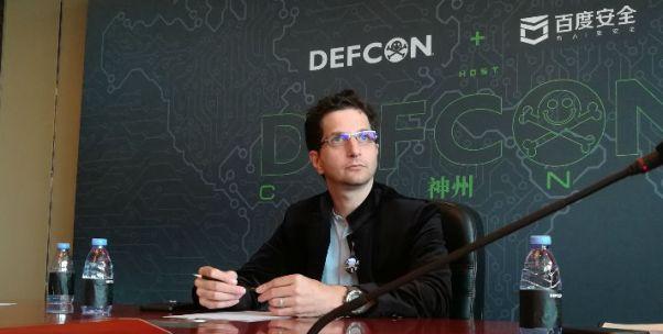 """世界顶级黑客Jeff Moss谈网络安全: 生物识别不适合用于身份认证 短期内AI可能""""为虎作伥"""""""