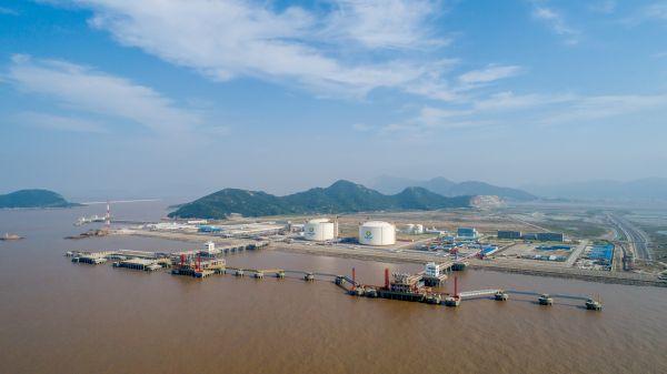 新奥舟山液化天然气(LNG)接收及加注站