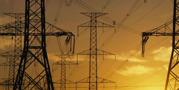 特高压重启吸金2000亿元 争议电网工程12年扩张路