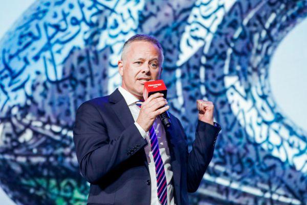 6著名建筑师迪拜Affan建筑工程公司总监保罗•哈斯拉姆(Paul Haslam)