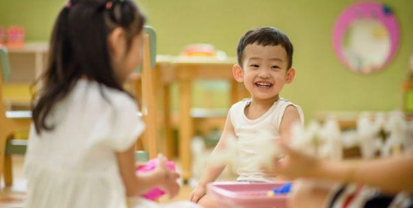 不重视学前教育无法扭转低迷生育率