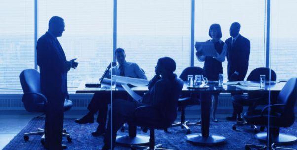 马奇的企业行为理论与中国企业的两种冒险行为
