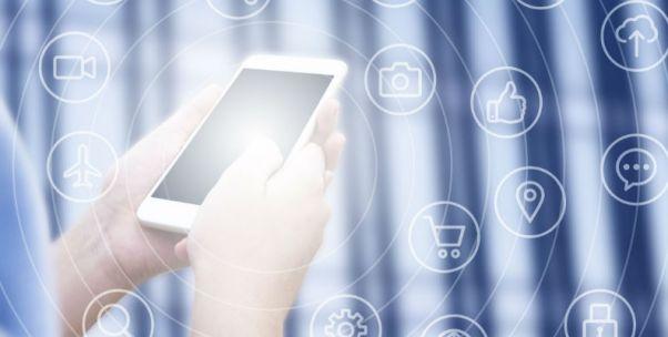 手机供应商们的年底:产品转移、员工何去何从?