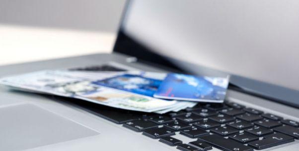 城商行挤进信用卡市场