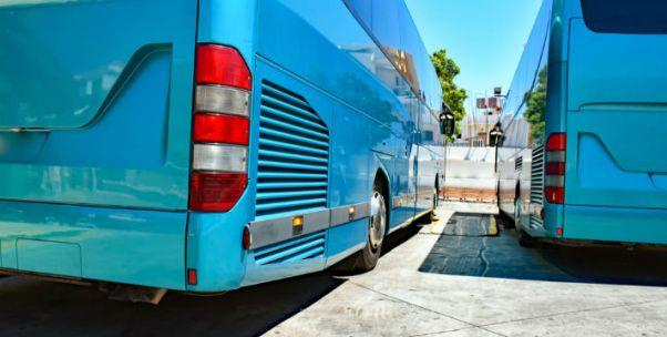 交通運輸部:兒童乘車優惠新規只適用長途大巴,不適用于公交、地鐵、鐵路等