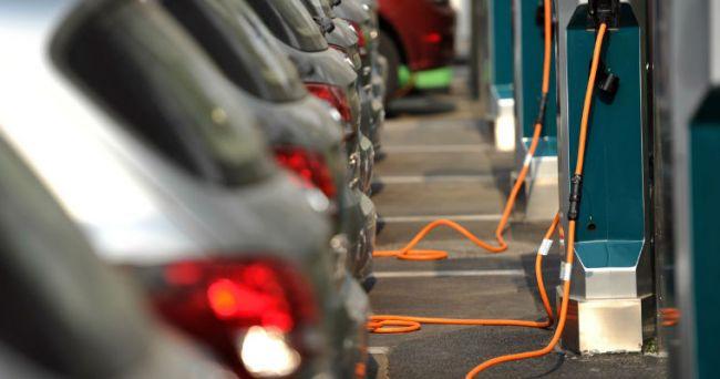 """首款新能源车X70S EV上市 """"黑马""""捷途能否再造热销神话?"""