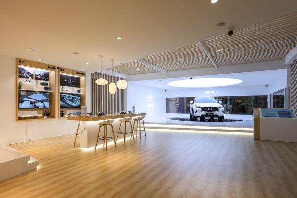 7-英菲尼迪品牌体验馆在深圳皇庭广场开幕