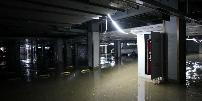 郑州网红小区水淹